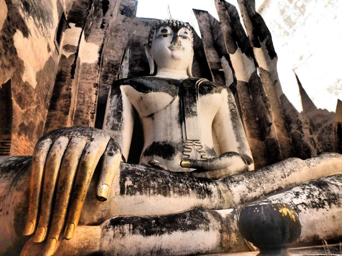 Ayutthaya et Sukhothai en 2 jours : visite des temples en scooter et à vélo