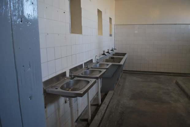 Salle de bain, Robben Island, Cape Town