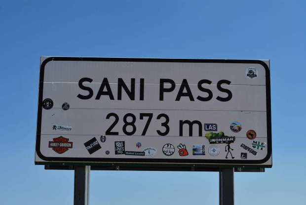 Sani pass - Sign