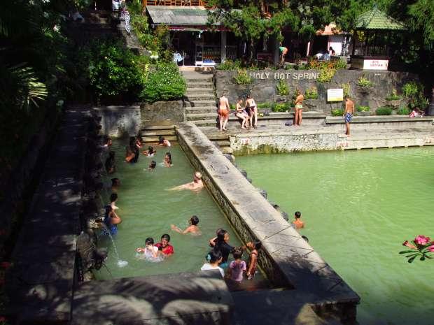 Bassins d'eau chaude de Banjar, Bali