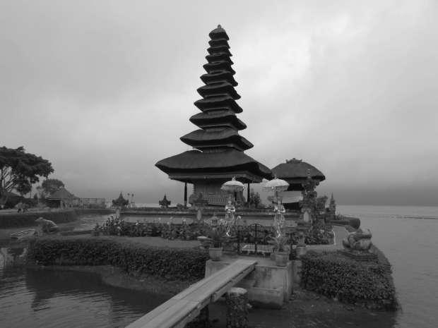 Stupa Ulun Danu Bratan, Bali