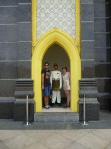Garde Palais Royal, Kuala Lumpur