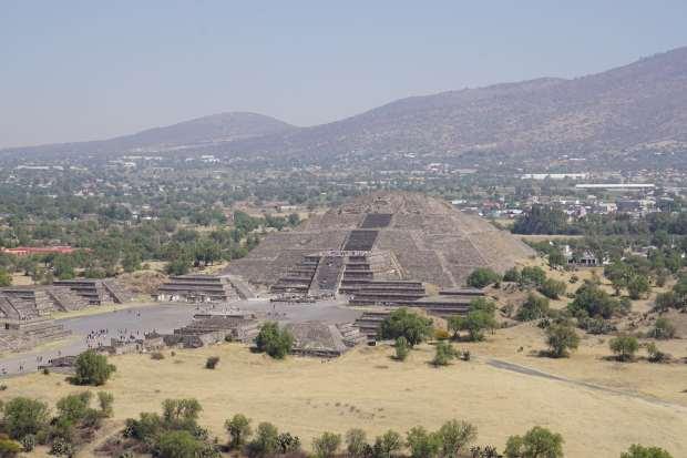 Vue depuis la pyramide du soleil, Teotihuacan, Mexique