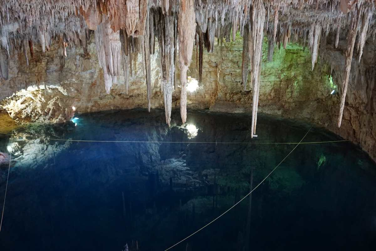 Cenote secret, Valladolid, Mexique