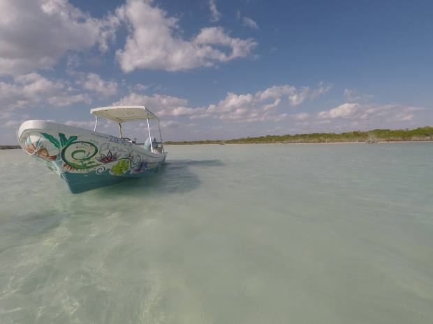 Visite de la lagune en bateau, Bacalar, Mexique