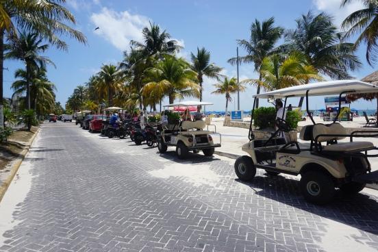 Voiturettes de golf, Isla mujeres, Mexique